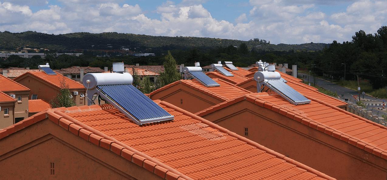 Сезонные гелиосистемы с установкой на крыше