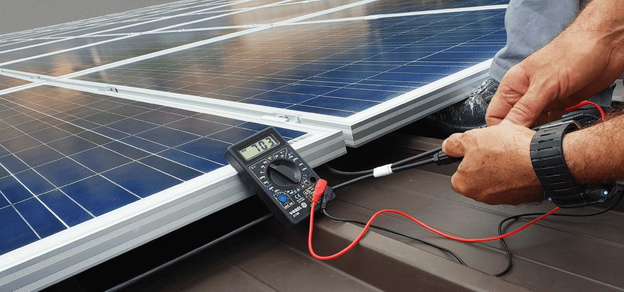 сонячні батареї на дах